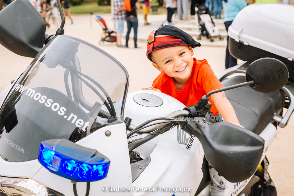afab-60-nen-moto-mossos